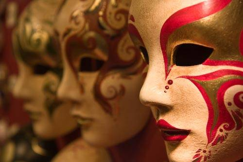 venice-carnevale-masks-9.jpg