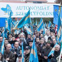 A nagy autonómia-vita II: Az akarat utat talál?