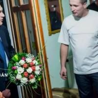 Riporterek minden határ nélkül: Orbán = Kim Dzsongun