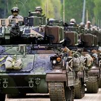 Új hidegháború küszöbén: Amerika száz tankot telepít Európába
