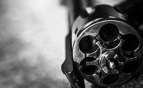 revolver_t20_ne9lo4.jpg
