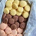 Hétköznapi,villámgyors színes pudingos kekszecskék