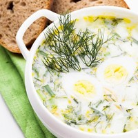 Nyári zsenge leves, a zöldségkertből