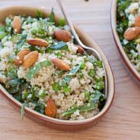 Quinoa saláta mandulával