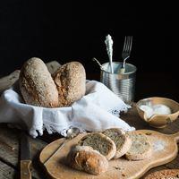 Zabpelyhes roppanós házi kenyér