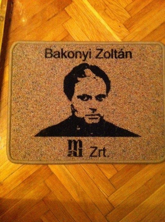 bakonyi_labtorlo.jpg