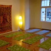 GANAPATI II. - Hot yoga (vinyasa flow)