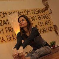 Anahita Jóga és Szellemi Központ - kezdő hatha jóga