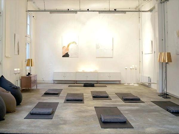 yoga-studio-decoration-best-yoga-studios-ideas-on-yoga-studio-design-home-yoga-studio-decorating-ideas.jpg