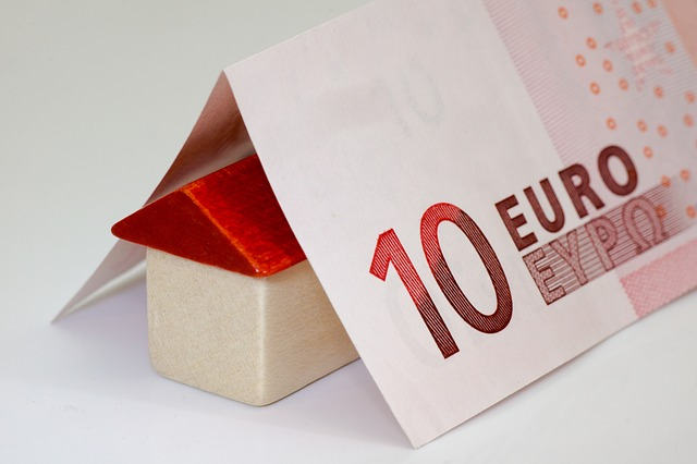 money-168025_640.jpg
