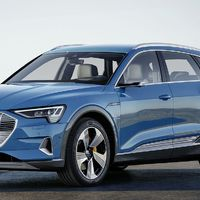 Audi e-tron: győri motor, Goodyear abroncsok