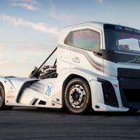 Goodyear abroncson döntött világcsúcsot a Volvo vaslovagja