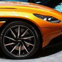Bridgestone lesz az Aston Martin DB11 alatt