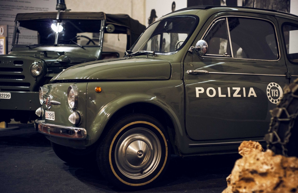 police-car-500ok.jpg