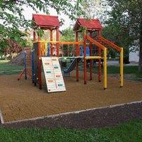 Napsugár Óvodában új udvari játék telepítés lesz a szülők jóvoltából