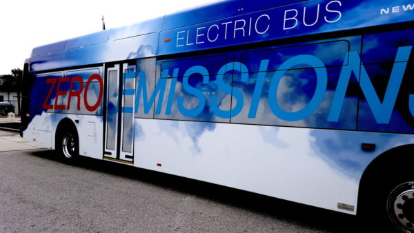 new-flyer-electric-bus-e1468767848556.jpg