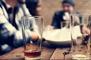 6 jel arra, hogy problémás az alkoholfogyasztásod