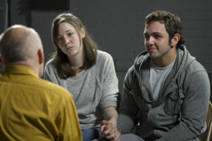 Hogyan tudsz segíteni az alkoholista rokonodon/barátodon?