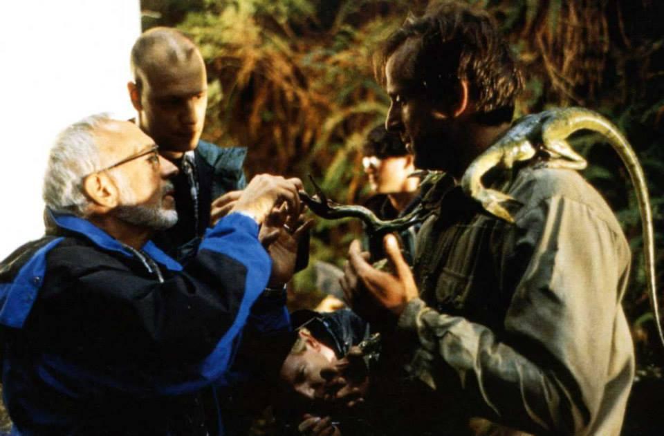 Peter Stormare-t a dinoszauruszok atyja, Stan Winston instruálja.