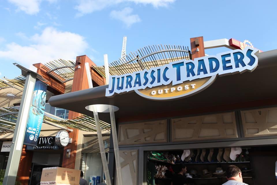 A Jurassic Trade ajándékboltot még termékekkel is feltöltötték!