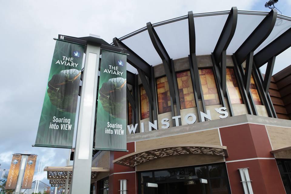 A Winston's étterem nevével Stan Winston trükkmester előtt tisztelegtek