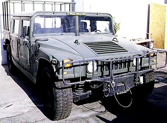 A sima, csak platós Hummer valamikor a forgatás után évekkel