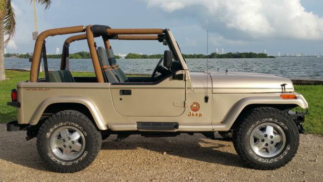 jeep-wrangler-yj-sahara-edition-1.JPG