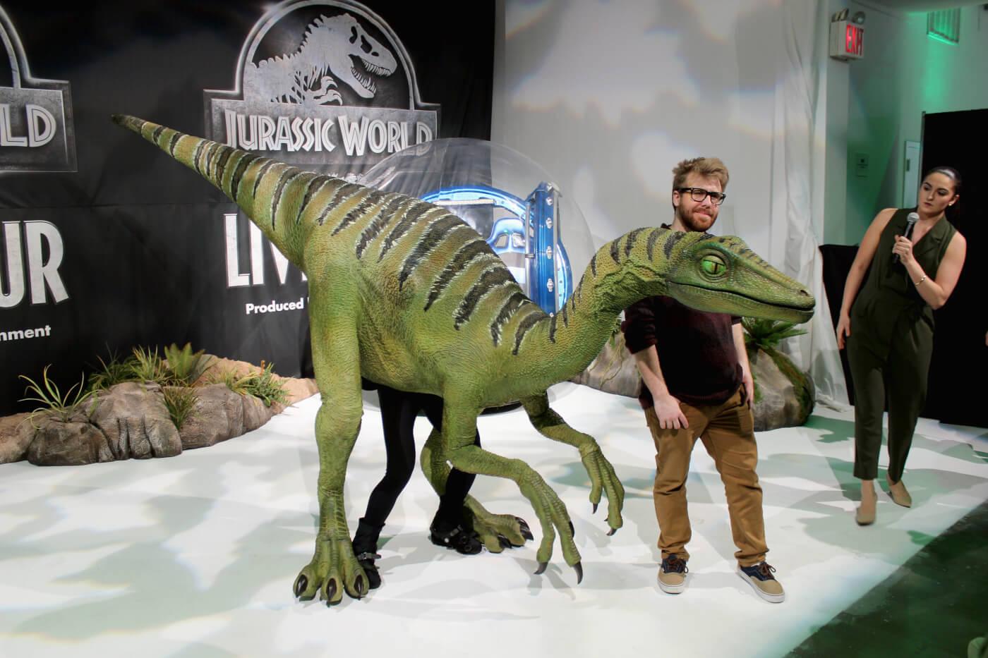 jurassic-world-live-troodon.jpg