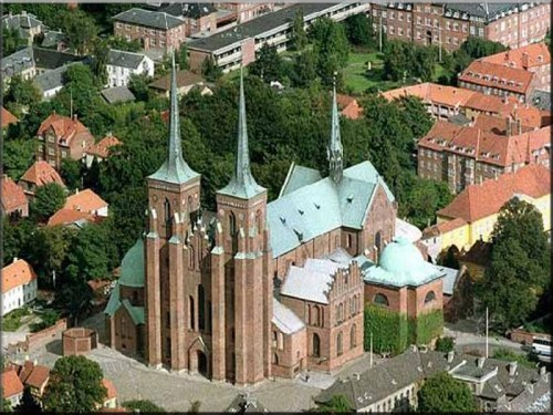 roskilde-cathedral-denmark.jpg