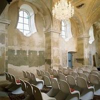 Templomba költözött design - klasszikus és modern találkozása