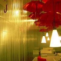 esernyő installációk