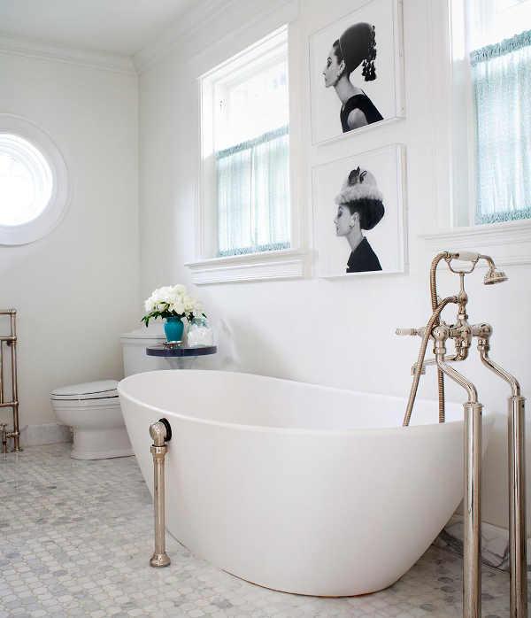 main_White-Blue-Bathroom.jpg