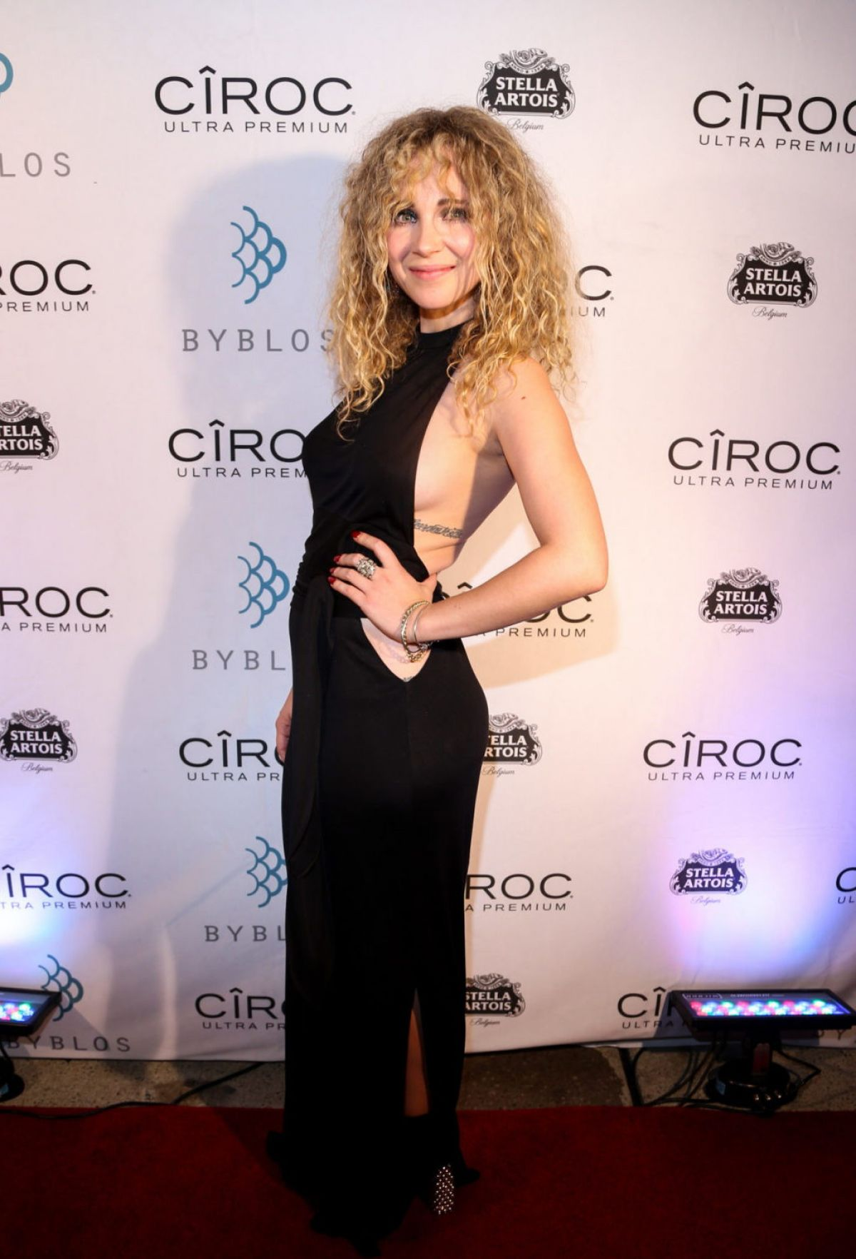 juno-temple--5th-annual-producers-ball--02.jpg