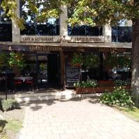 Ajánló: Turul Café és Étterem, Tatabánya