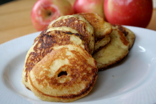 grain-free-apple-pancake-rings.jpg