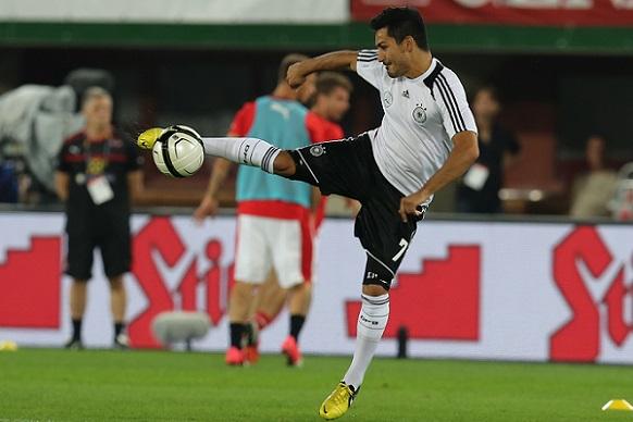 fifa_wc-qualification_2014_austria_vs_germany_2012-09-11_lkay_gundo_an_03.JPG