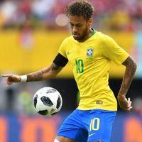 Neymar távozása Dybala érkezését eredményezheti