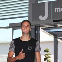 Bentancur orvosi vizsgálatra jelentkezett a Juventusnál