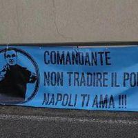 A Napoli szurkolói üzentek Sarrinak