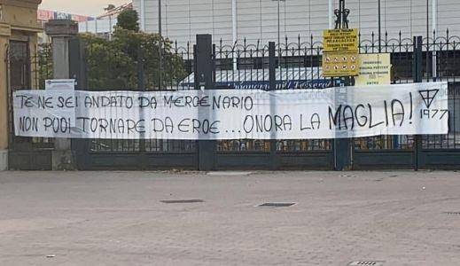 A Parma szurkolói üzentek Buffonnak