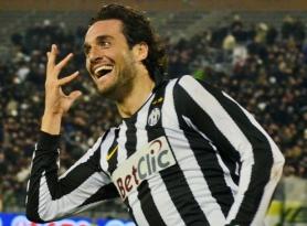 Toni Luca_golorom Juve mezben.jpg