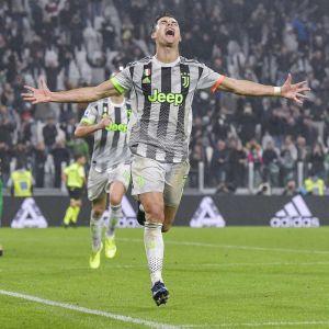 Játékosok a Genoa elleni győzelemről