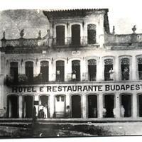 Brazília egyik legszebb tengerparti városának híres épülete, a Budapest fogadó