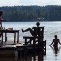 Élet a mökkiben - ivóvíz a forrásról, fürdés a szaunában