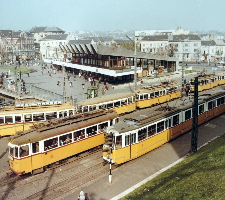 szkt_1975.jpg
