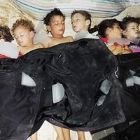 """""""Ima- és böjtnap"""", avagy tiltakozóakció az USA által tervezett szíriai beavatkozás ellen"""