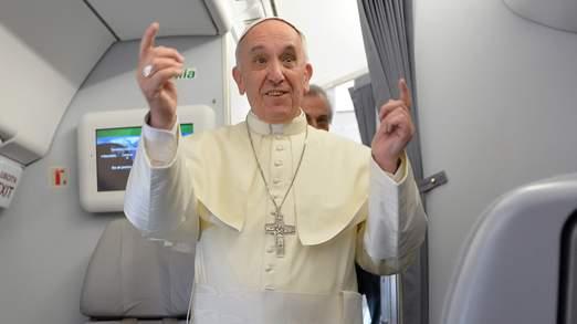 Ferenc-papa-rep-sajtaj.jpg