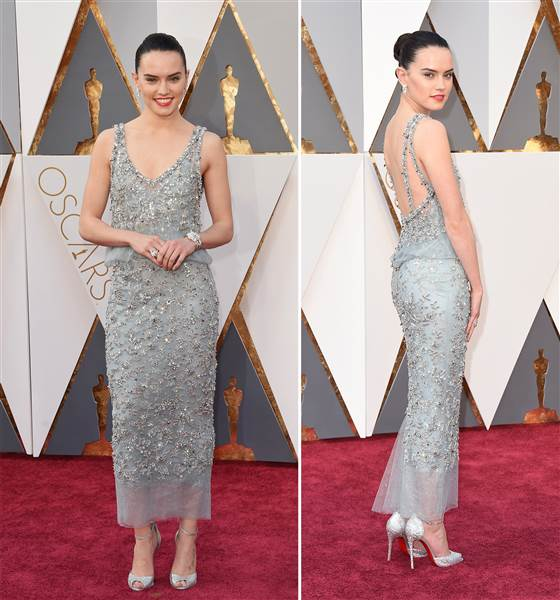 daisy-ridley-002-today-160228-split_1fd2024c7f72d4bdc8ff1f69a0f26df3_today-inline-large.jpg