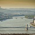 Filmforgatás a Duna felett, harcihelikopterrel.