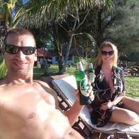 A tokeletes karacsonyi feltoltodes hozzavaloi: napsutes, palmafak, minimum 30 fok, meleg tenger es vegtelen relax (es egy kis thai masszazs)